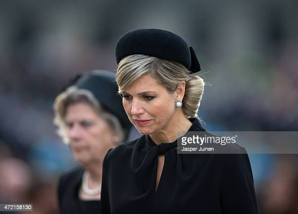 Queen Maxima of The Netherlands walks during a defile at the National War Memorial during a remembrance gathering on Remembrance Day on May 4 2015 in...