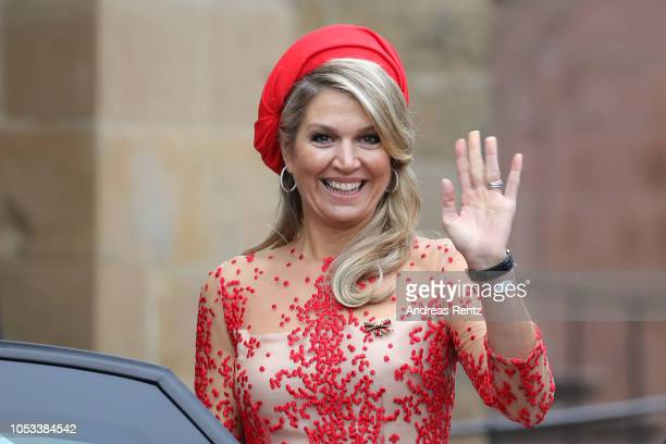 Queen Maxima of The Netherlands waves on her departure at the High Cathedral of Saint Peter in Trier on October 11 2018 in Trier Germany King...