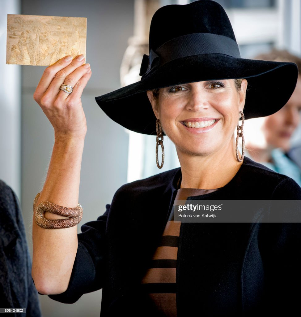 Queen Maxima of The Netherlands, with a 3d picture of her daughters, visits 5th Teacher's Congress the on October 5, 2017 in Amersfoort, Netherlands. The conference, organized by the Education Cooperative, takes place at ROC Middenland.