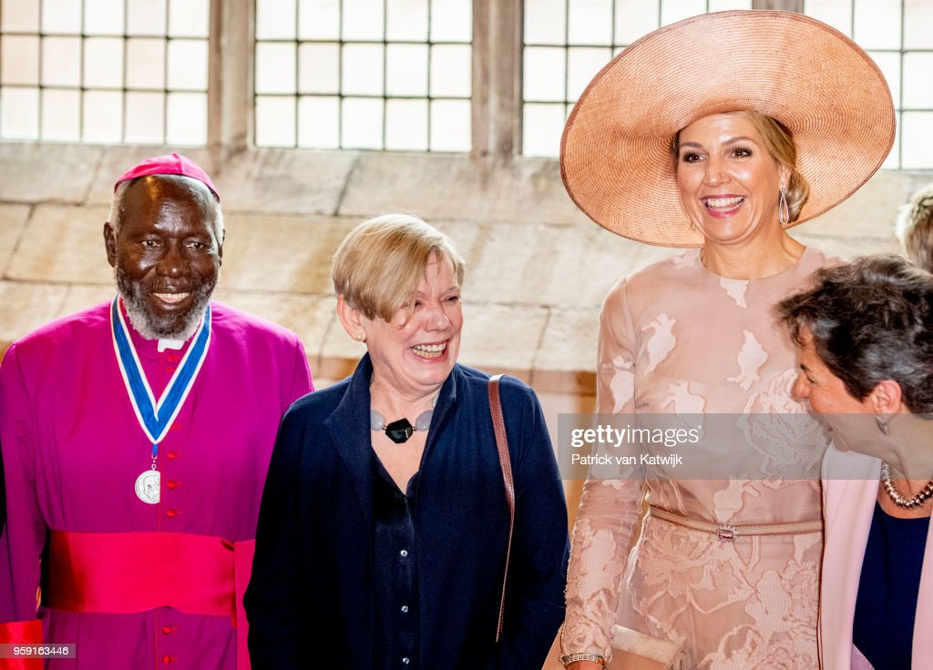 King Willem-Alexander Of The Netherlands And Queen Maxima Attend The Four Freedom Awards in Middelburg : Nachrichtenfoto
