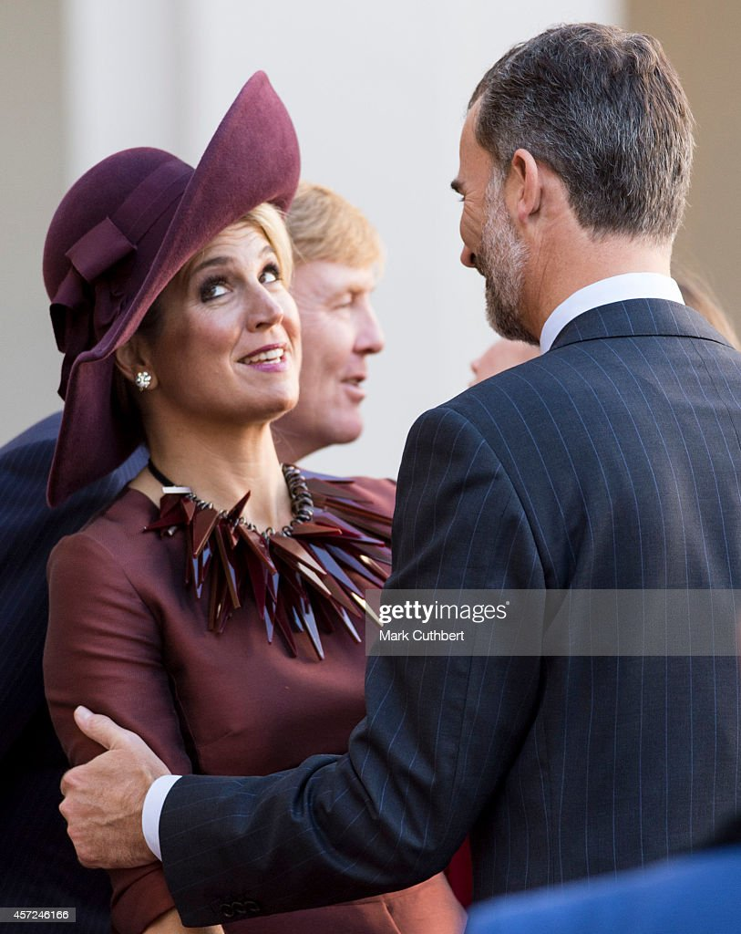 Queen Maxima of the Netherlands with King Felipe of Spain at The Noordeinde Palace on October 15, 2014 in The Hague, Netherlands.