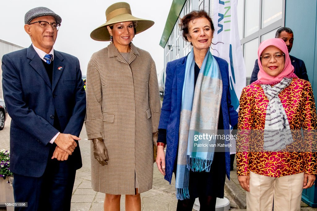 King Willem-Alexander Of The Netherlands And Queen Maxima Receive President of Singapore Halimah Yacob : Day Two : News Photo