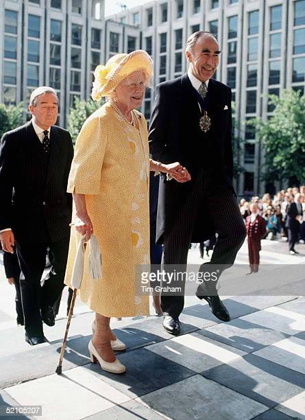 Queen Mother At St Paul's Cathedral