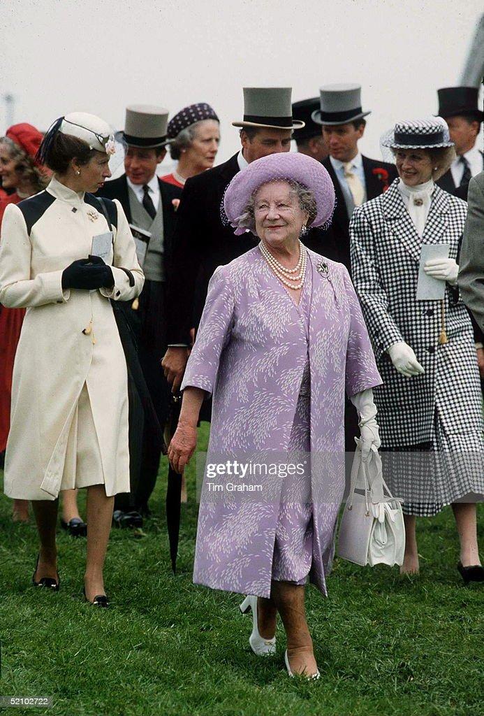Queen Mother Derby : News Photo