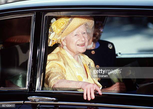 Queen Mother Leaving St Pauls Cathedral After Attending A Service Marking The Centenary Of The National Trust