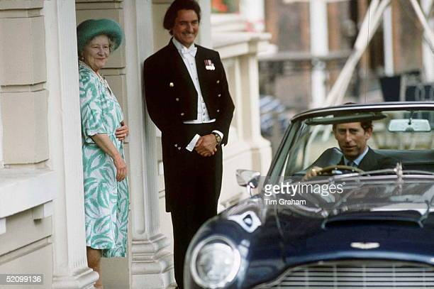 Queen Mother Saying Goodbye To Prince Charles After Lunch At Clarence House To Celebrate Her 86th Birthdaybeside Her Her Butler William Tallonprince...