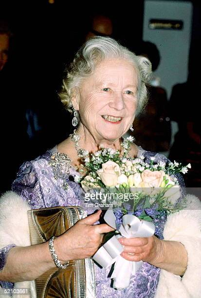 Queen Mother Wearing A White Fur Stole At A Recital At The Royal College Of Music In London