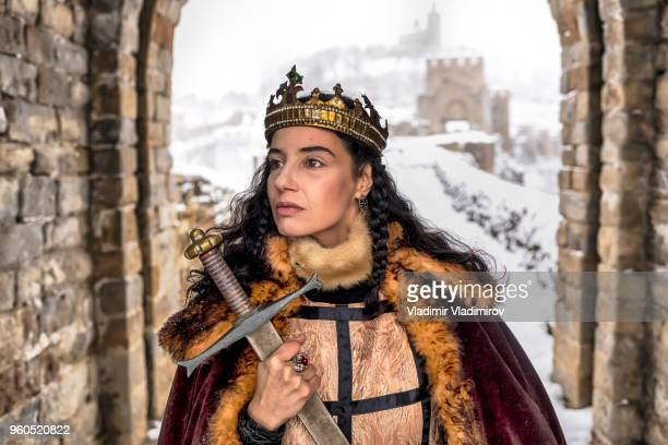 queen near the castle - medieval queen crown stock pictures, royalty-free photos & images