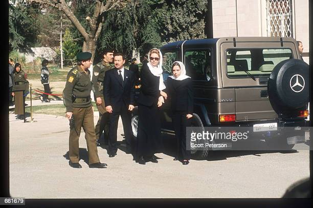 Queen Noor arrives at Raghadan Palace to accept condolences after the death of King Hussein February 9 1999 in Amman Jordan Hussein was a popular...