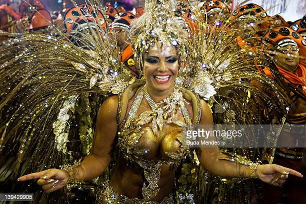 Queen of drums Viviane Araujo from Salgueiro during the samba school's parade group A at Rio de Janeiro's carnival on February 20 2012 in Rio de...