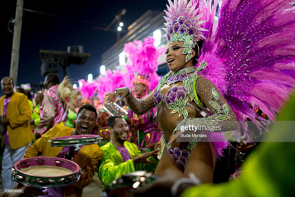 Rio Carnival 2014 - Day 1 : News Photo