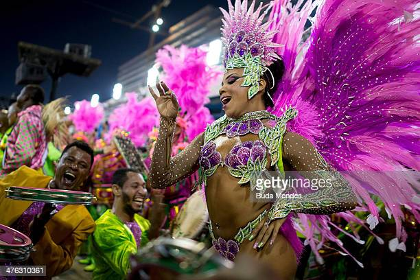Queen of Percussion Evelyn Bastos of Mangueira celebrates during their parade at 2014 Brazilian Carnival at Sapucai Sambadrome on March 02 2014 in...