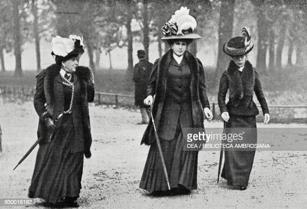 Queen of Spain Victoria Eugenie of Battenberg with her mother Princess Beatrice of Battenberg in Kensington Gardens in London England drawing by the...