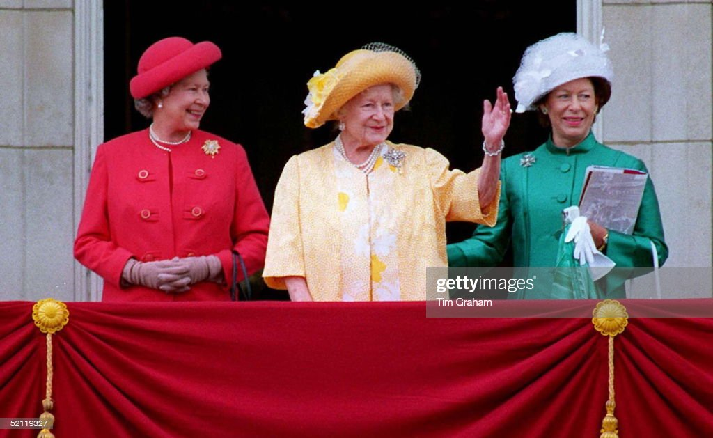 Queen, Queen Mother And Princess Margaret On Balcony At Buckingham Palace.