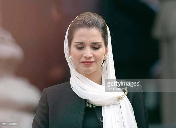Queen Rania Attending The Memorial Service For King Hussein Of Jordan At St Paul's Cathedral, London.