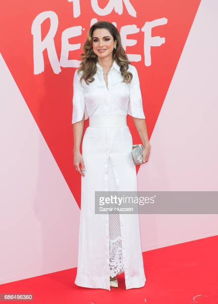 Queen Rania attends the Fashion for Relief event during the 70th annual Cannes Film Festival at Aeroport Cannes Mandelieu on May 21, 2017 in Cannes,...