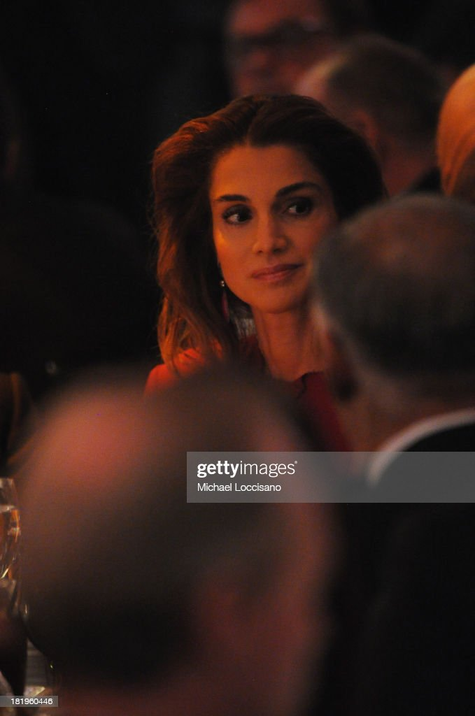 Queen Rania of Jordan attends the 2013 Global Citizen Awards Ceremony on September 26, 2013 in New York City.