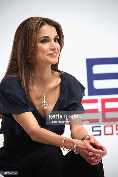 Queen Rania of Jordan attends the Web09 at Le 104 on December 10 2009 in Paris France