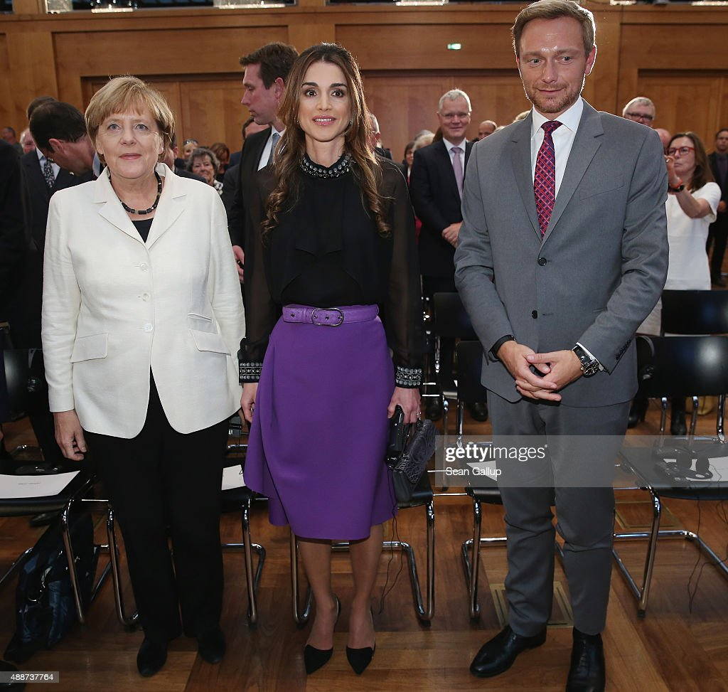 Queen Rania Of Jordan Receives Walther-Rathenau Award : News Photo