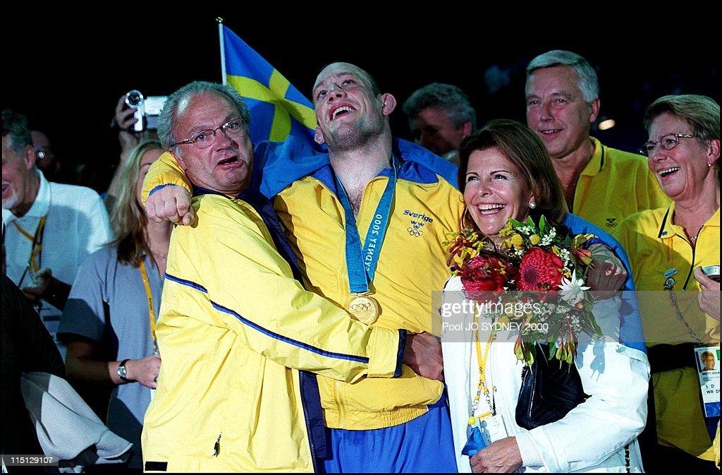 Queen Silvia And King Carl Gustav Of Sweden Attend Men'S Wrestling 97 Kgs In Sydney, Australia On September 26, 2000. : News Photo