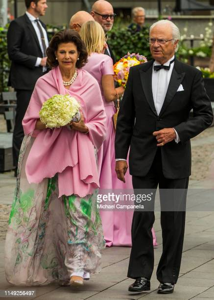 Queen Silvia and King Carl XVI Gustaf of Sweden arrive at the red carpet during the 2019 Polar Music Prize award ceremony on June 11, 2019 in...
