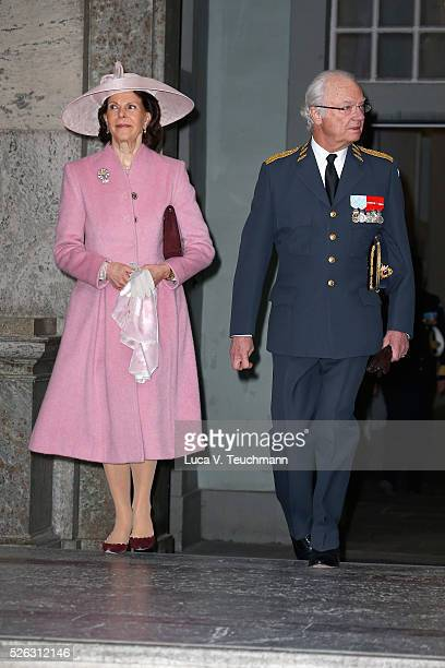 Queen Silvia of Sweden and King Carl Gustaf of Sweden arrive at the Royal Palace to attend Te Deum Thanksgiving Service to celebrate the 70th...