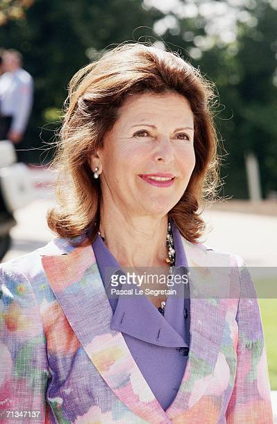 Queen Silvia of Sweden arrives at the inauguration of the Grand Duke Jean Modern Art Museum on July 1 2006 in Luxembourg The event was part of the...