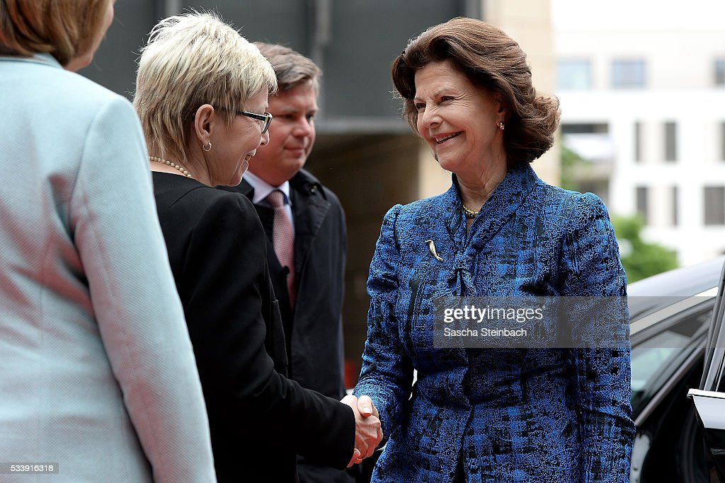 Queen Silvia Of Sweden (R) arrives for her visit at North Rhine-Westphalia Landtag on May 24, 2016 in Duesseldorf, Germany.