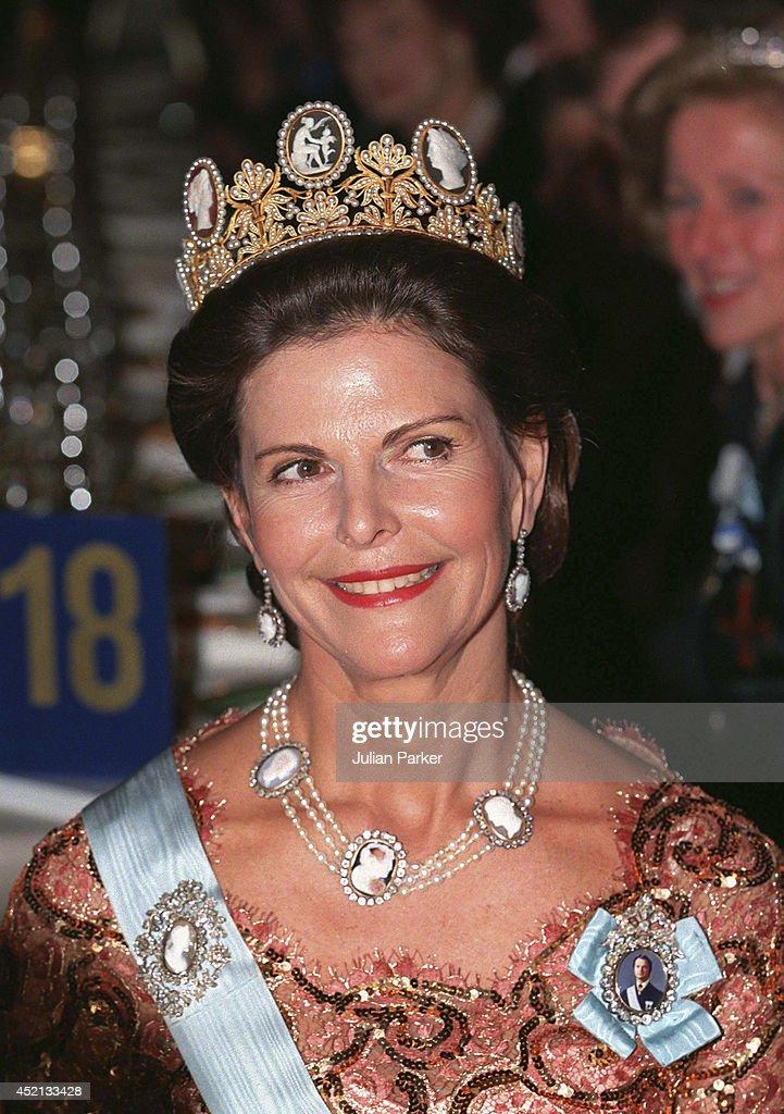 Nobel Banquet Stockholm 1998 : News Photo