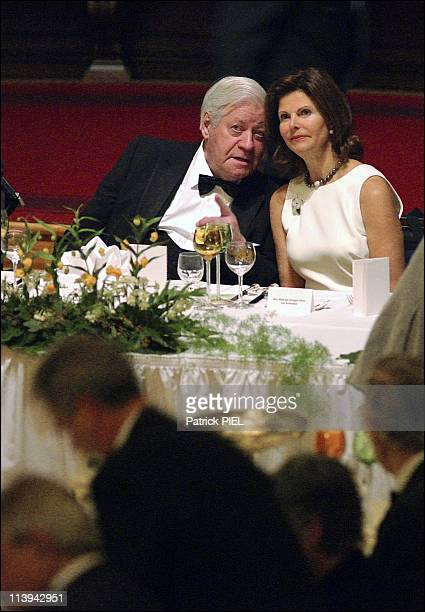Queen Silvia Of Sweden Presides Over 'Matthiea' Traditional Gala Dinner Hosted By Hamburg Senate In Hamburg Germany On February 22 2003The Tradition...
