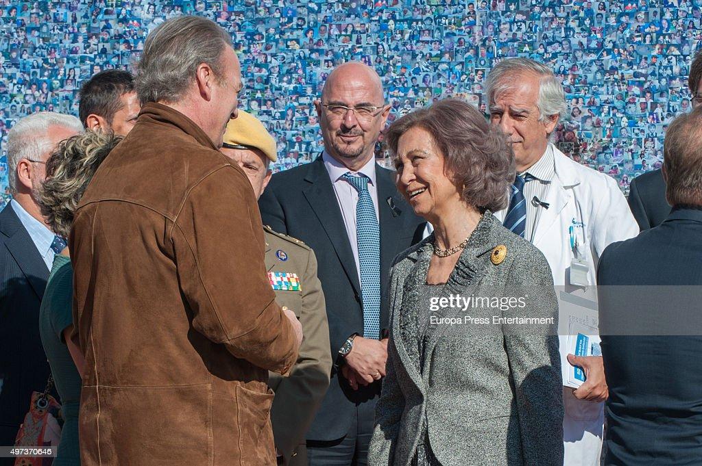 Queen Sofia (R) and Bertin Osborne attend 'La Paz' Hospital 50th Anniversary' on November 16, 2015 in Madrid, Spain.