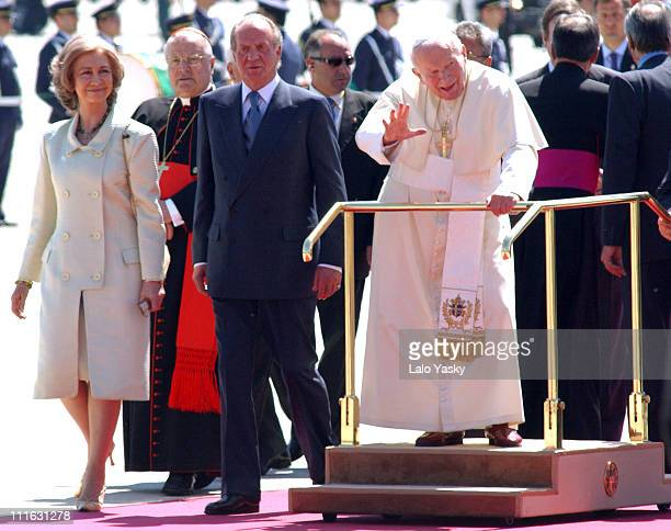 Queen Sofia and King Juan Carlos of Spain with Pope John Paul II
