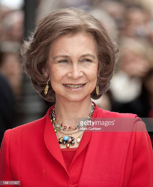 Queen Sofia Arrives At Palma Cathederal For The Traditional Easter Service In Mallorca