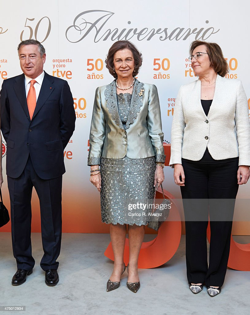 Queen Sofia (C) attends RTVE Orchestra 50th anniversary concert at the Monumental Theater on May 28, 2015 in Madrid, Spain.