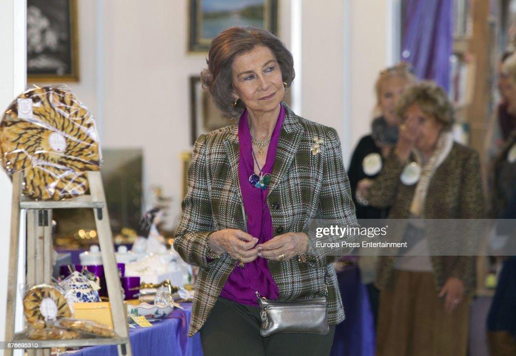 Queen Sofia attends the charity market 'Rastrillo Nuevo Futuro' on November 20, 2017 in Madrid, Spain.
