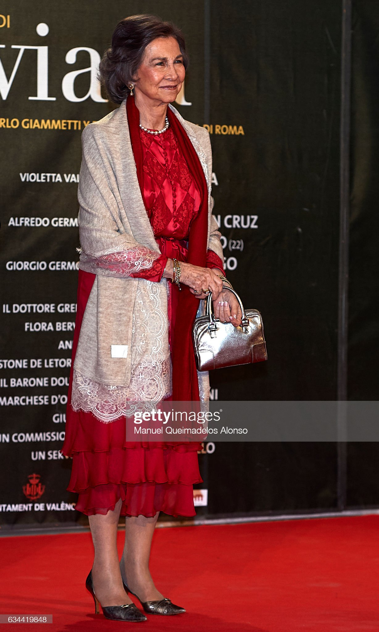 Queen Sofia Attends 'La Traviata' Opera in Valencia : News Photo