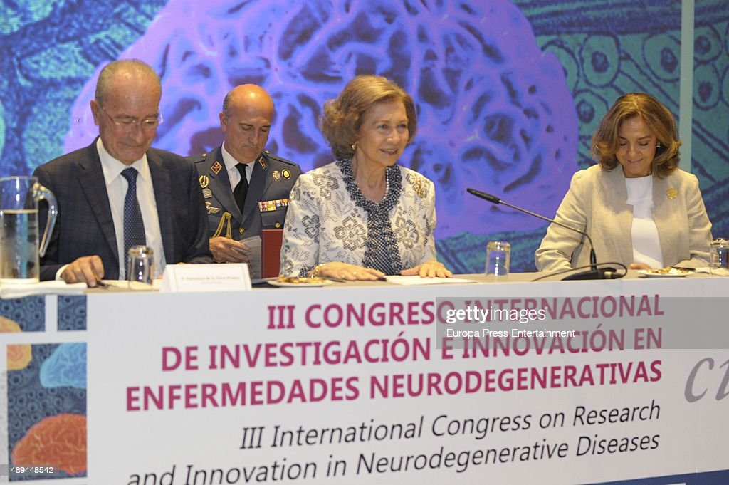 Queen Sofia (2R) attends the opening of the III International Congress on Research and Innovation In Neurodegenerative Diseases on September 21, 2015 in Malaga, Spain.