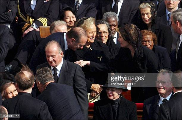 Queen Sofia King Juan Carlos French President Jacques Chirac Bernadette Chirac UN Secretary General Kofi Annan Laura Bush US President GeorgeWBush at...