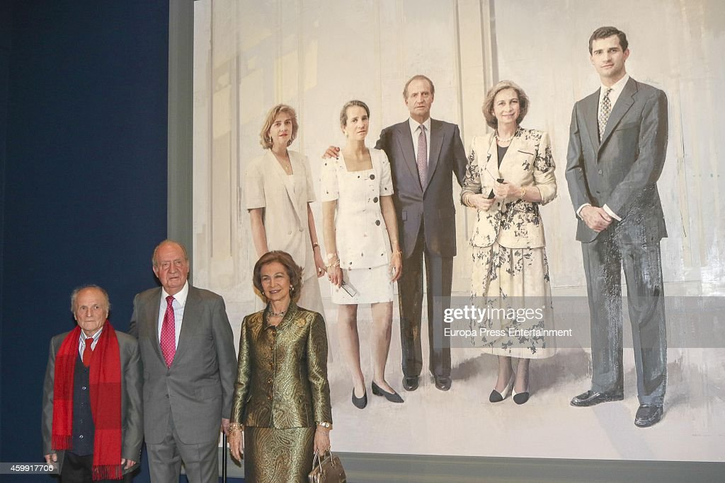 Spanish Royals Attend Painting Exhibition At Royal Palace : News Photo