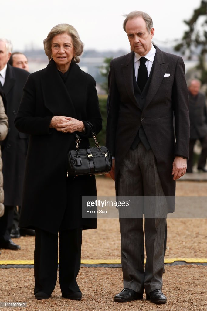 https://media.gettyimages.com/photos/queen-sofia-of-spain-and-prince-jean-dorleans-attend-tthe-funeral-of-picture-id1126952942