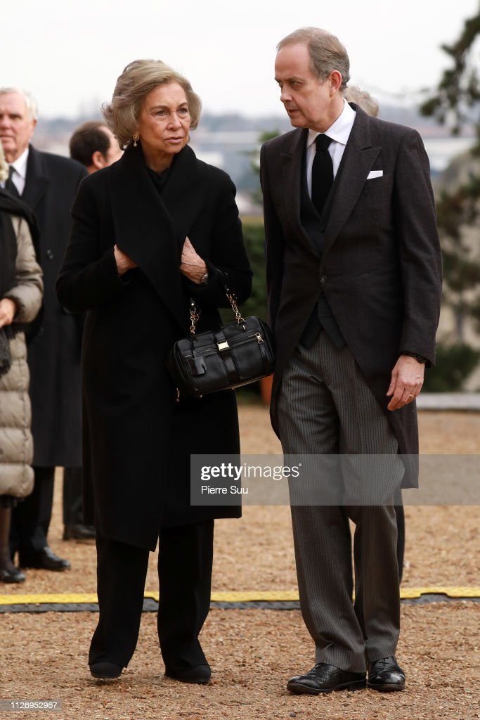 https://media.gettyimages.com/photos/queen-sofia-of-spain-and-prince-jean-dorleans-attend-tthe-funeral-of-picture-id1126952967