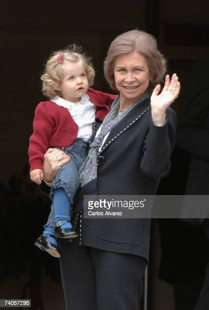 Queen Sofia of Spain and Princess Leonor of Spain visit Princess Letizia on May 3 2007 in Madrid Spain Princess Letizia gave birth to her second...