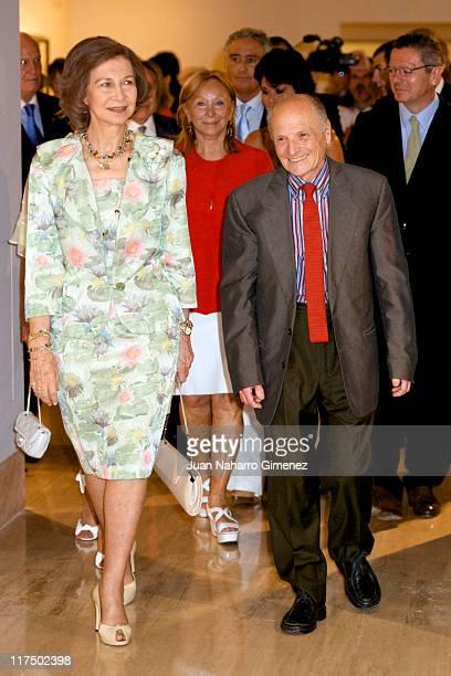 Queen Sofia of Spain and Spanish artist Antonio Lopez attend the opening of 'Antonio Lopez' exhibition at ThyssenBornemisza Museum on June 27 2011 in...