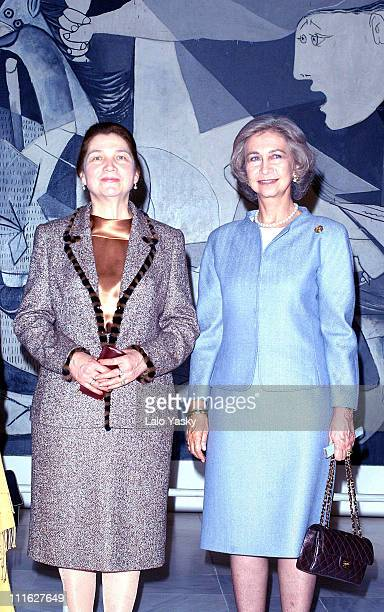 Queen Sofia of Spain and Tatiana Karimova wife of Uzbekistan's president see Picasso's painting Guernika at the Queen Sofia Museum in Madrid