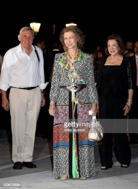 Queen Sofia of Spain attends a prewedding reception at the Poseidon Hotel on August 24 2010 in Spetses GreeceThe small greek Island three hours from...