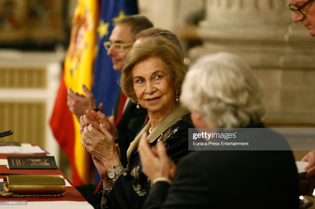 Queen Sofia Attends Poetry Awards Gala In Madrid : News Photo