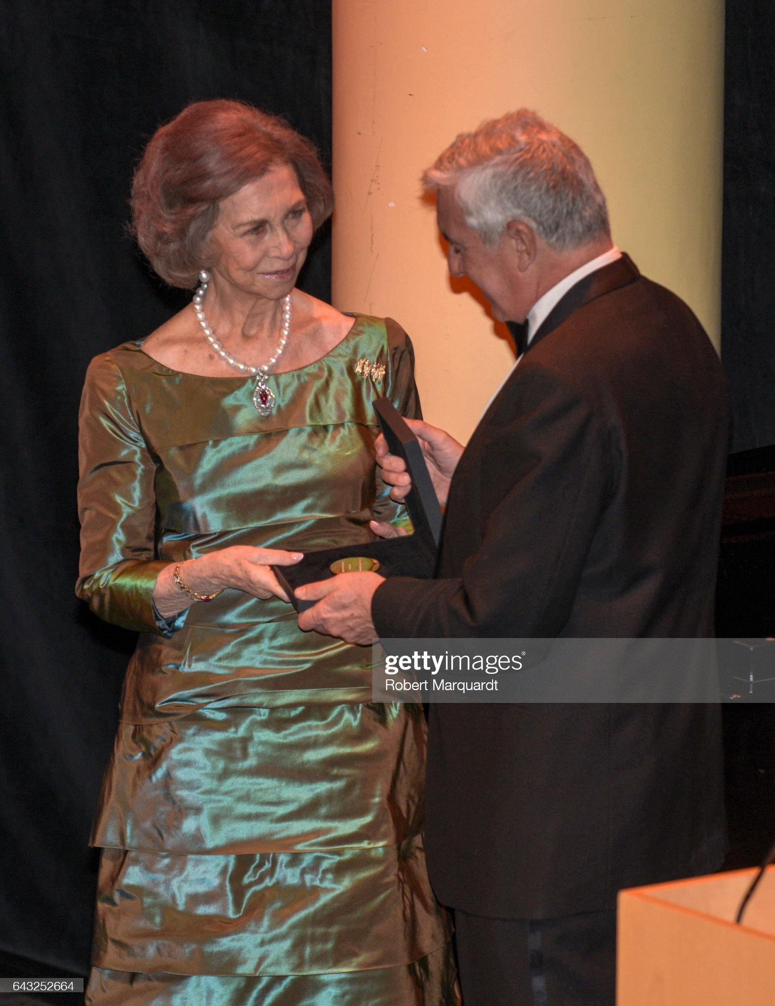 Queen Sofia Receives Golden Medal At 'Circulo Del Liceo' : News Photo