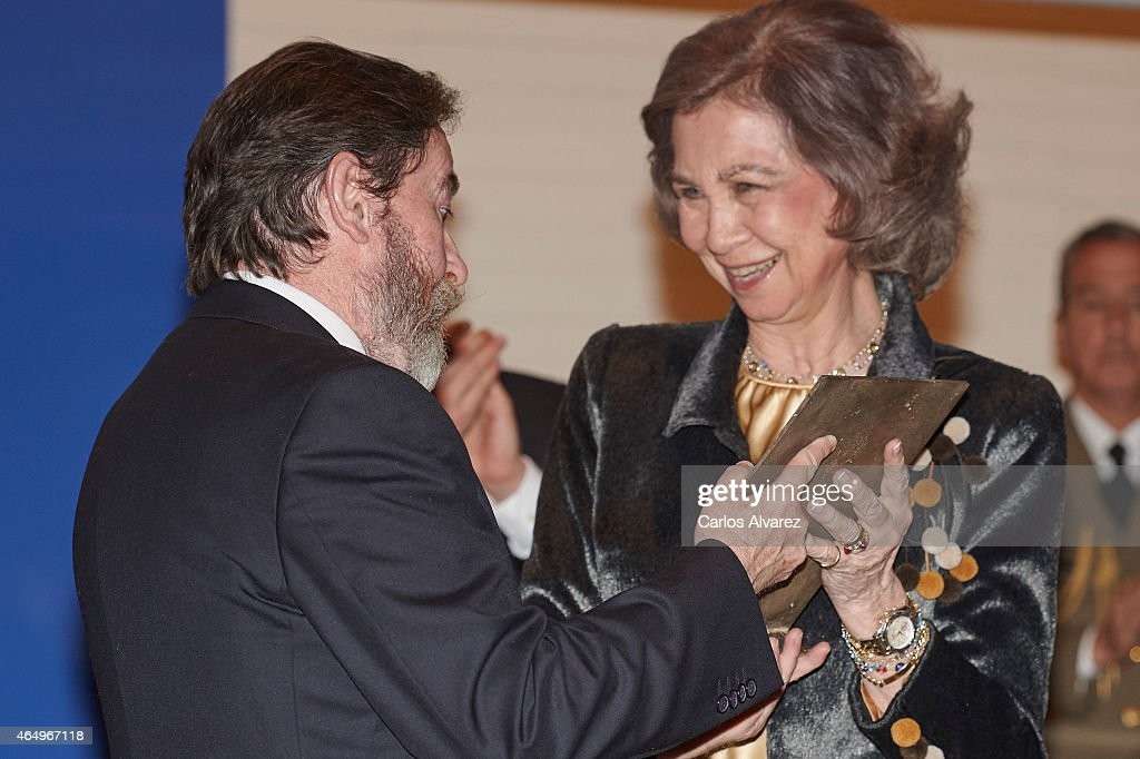 Queen Sofia Attends 'Painting and Sculpture' Awards in Madrid : News Photo