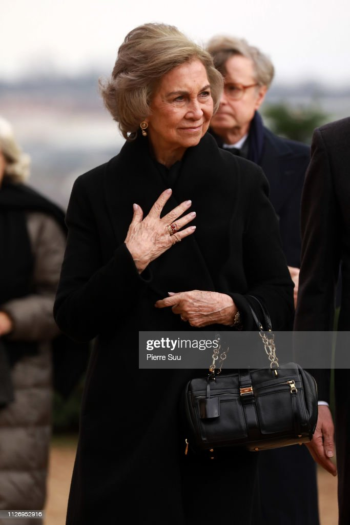 https://media.gettyimages.com/photos/queen-sofia-of-spain-attends-tthe-funeral-of-prince-henri-of-orleans-picture-id1126952916