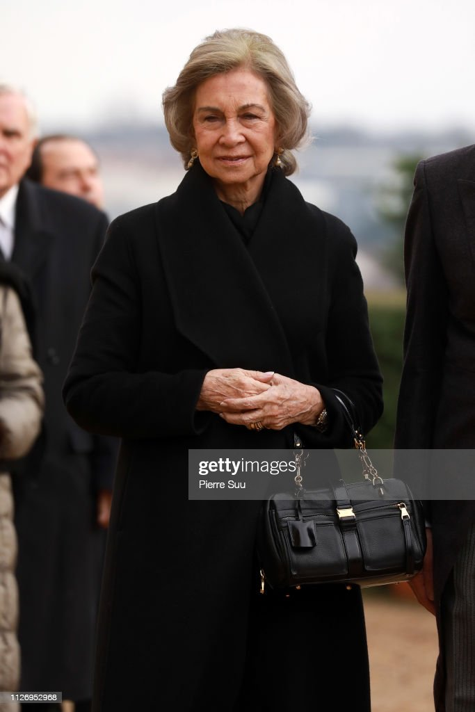 https://media.gettyimages.com/photos/queen-sofia-of-spain-attends-tthe-funeral-of-prince-henri-of-orleans-picture-id1126952968